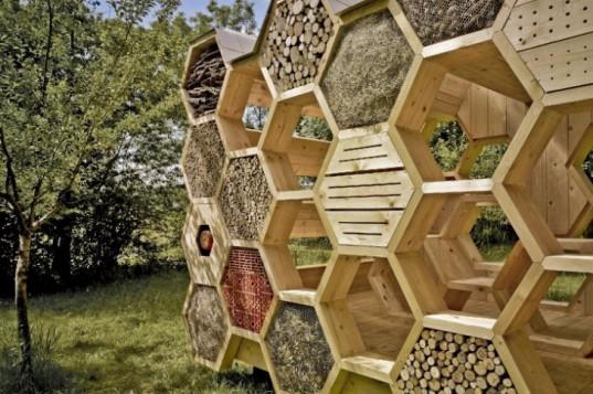 Домики для диких пчел своими руками 35