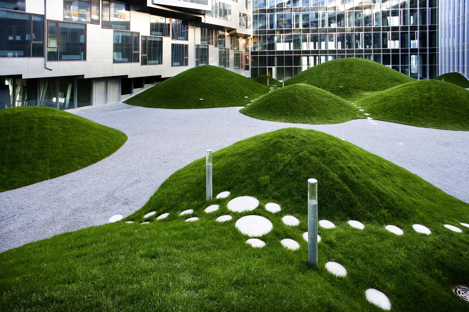 Фото ландшафтного дизайна многоквартирного дома